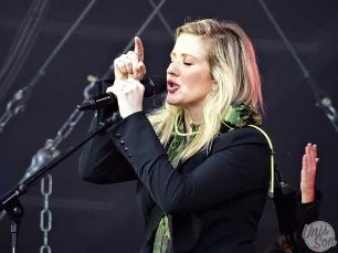 Ellie Goulding au Main Square Festival, le 1er juillet 2016. (photos: Léa Fochesato).